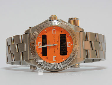 £3,895 (REF 5288) BREITLING EMERGENCY E76321