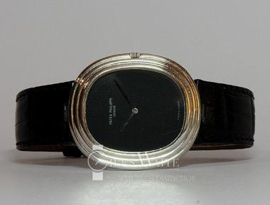 £6,295 (REF 6142) PATEK PHILIPPE GRANDE ELLIPSE REF 3634G (1970's)