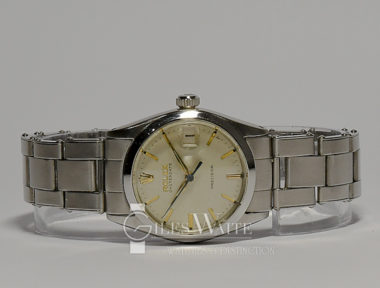 £2,995 ( REF 5119) OYSTER DATE PRECISION MID SIZE REF 6466 (1961)