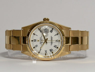 £8,995 (REF 5838) OYSTER PERPETUAL DATE REF 15238 (1998)