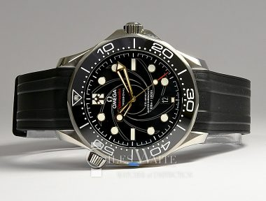£SOLD (REF 9299) OMEGA SEAMASTER BOND 007 REF 310.20.42.50.01.001 (2019) NEW UN-WORN