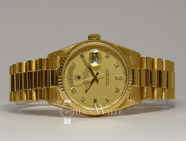 £11,995 (REF 9282) DAY DATE REF 18238 (1989)