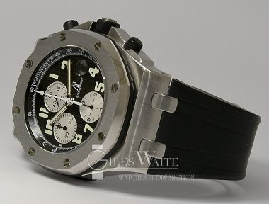 £14,995 (REF 9339) AUDEMARS PIGUET ROYAL OAK OFF SHORE CHRONO REF 25490SK.00.D002CA.01.A (2011)