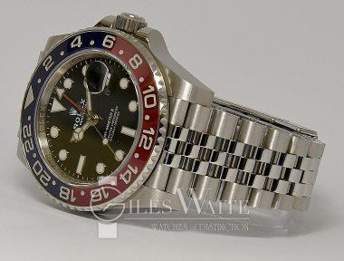 """£13,995 (REF 9376) GMT MASTER II """"PEPSI"""" REF 126710BLRO (2020) NEW UN-WORN"""